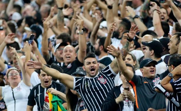 Torcida do Corinthians terá duas opções para assistir ao jogo contra o  Vitória bbef66dddbf05