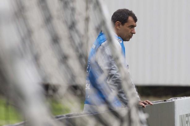 9233a6e0f3884 Carille ignora o São Paulo e projeta titulares e reservas nas duas ...