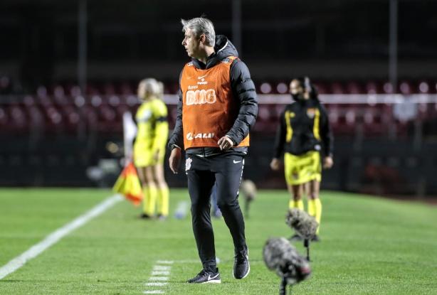 Técnico do Corinthians destaca reestreia de Jô e prevê forte ...