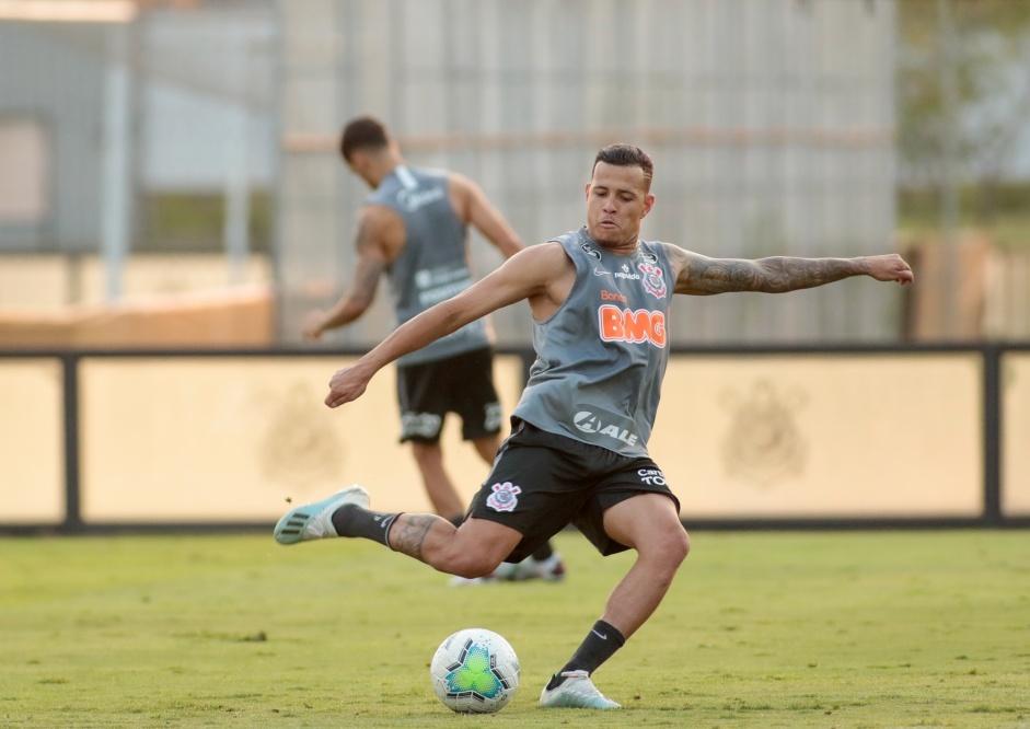 Corinthians afasta Sidcley e lateral não atua mais pelo clube alvinegro